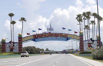 Disney anuncia más despidos en parques temáticos