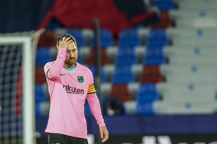 Barça empata con Levante; se aleja del título en La Liga