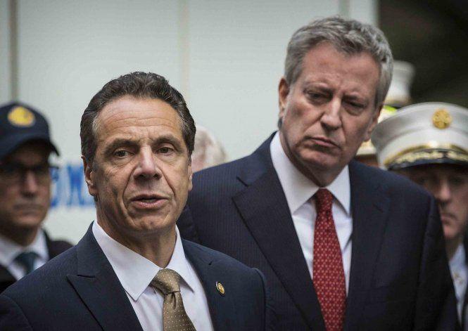 Dos altos legisladores demócratas de NY ya no apoyan a Cuomo