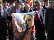 espana: buscan proscribir expresiones de apoyo a franco