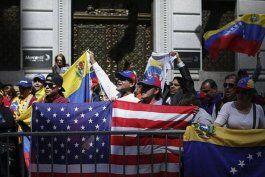 en unas semanas podria aprobarse un estatus de proteccion temporal para los venezolanos