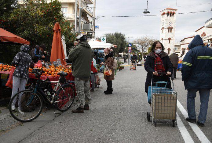 Grecia pudiera comenzar a reabrir su economía