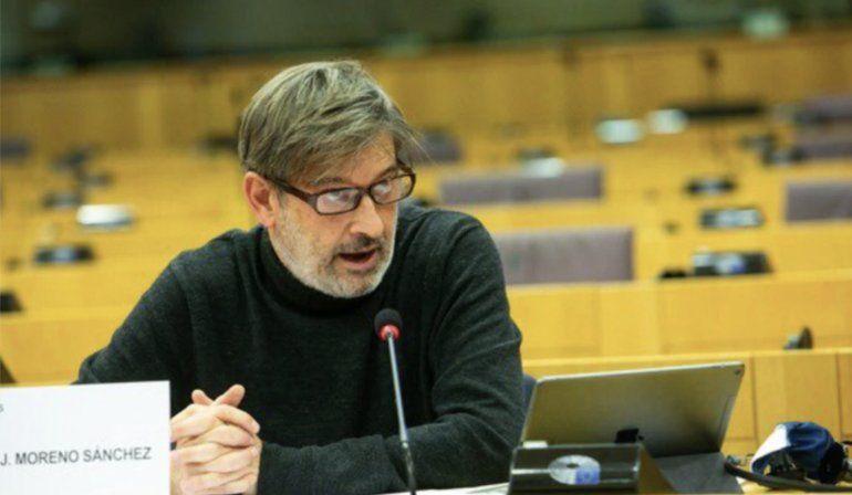 Duras críticas a líder socialista español por elogios a dictadura cubana