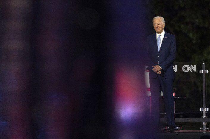 Biden acusa a Trump de respuesta criminal frente al virus