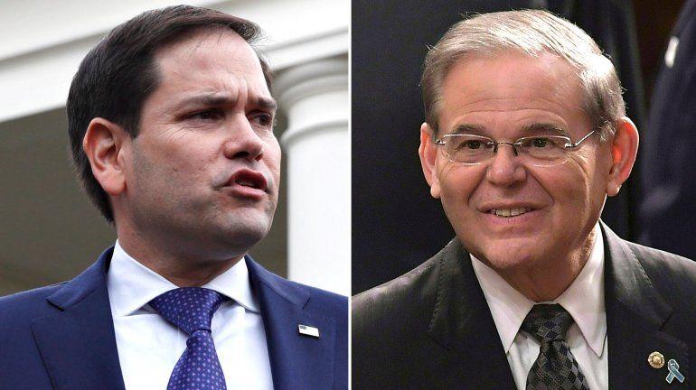Los senadores Marco Rubio y Bob Menéndez lograron avanzar una resolución en apoyo al pueblo de Cuba. (Archivo)