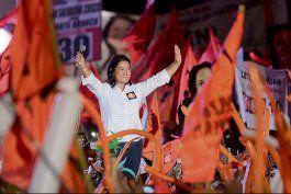 keiko fujimori se consolida en segunda posicion con mas del 87 por ciento de actas escrutadas