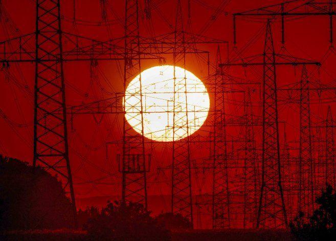 Vuelve demanda eléctrica prepandemia a UE, sin más gases
