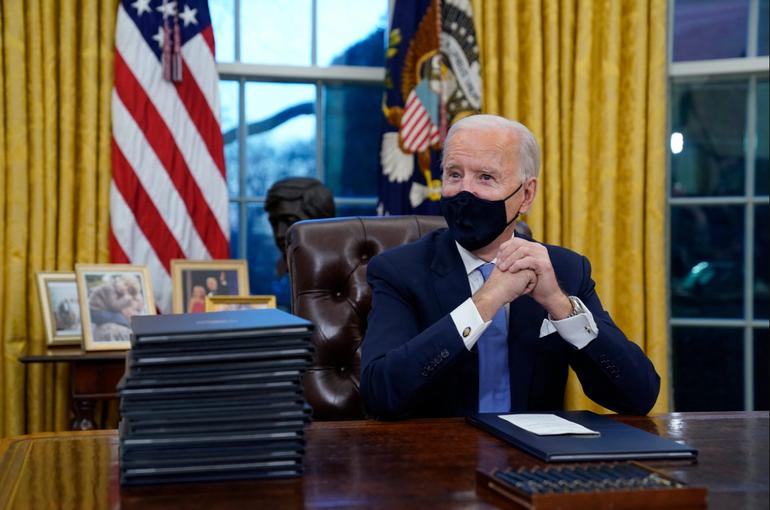 Joe Biden prorroga la ley del embargo contra La Habana por un año más