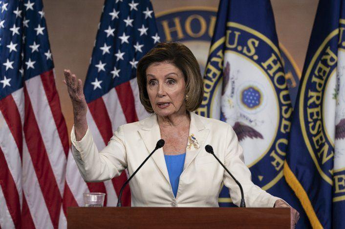 Pelosi crea comisión para investigar asalto al Capitolio