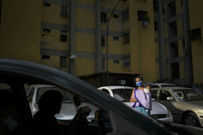 ¿Cómo es esperar un primer bebé en una Venezuela en crisis?