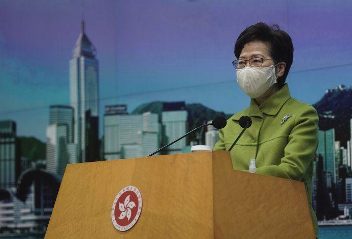 Hong Kong: líder respalda cambios electorales en territorio