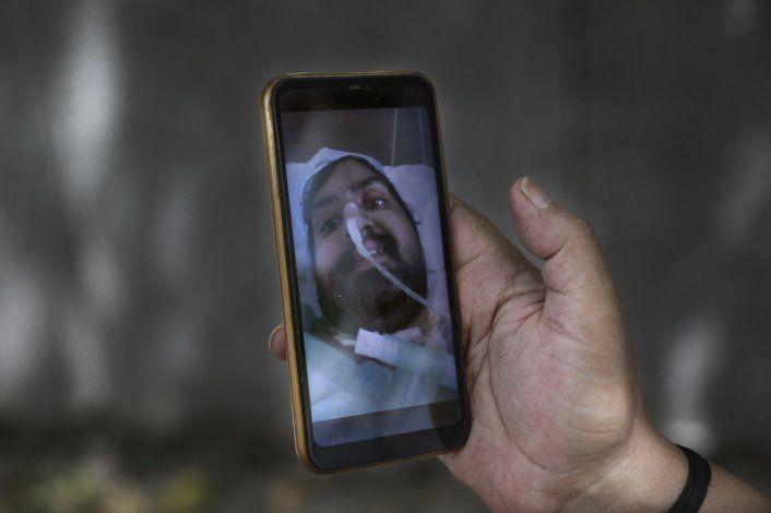 La pandemia deja asfixiantes deudas médicas en India