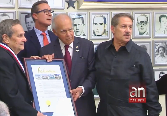 Desantis homenajeó al ex agente de la CIA y principal hombre en la captura del Che, Felix Rodriguez