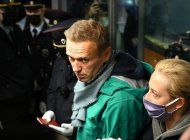 la policia rusa arresto al opositor alexei navalny en el aeropuerto de moscu