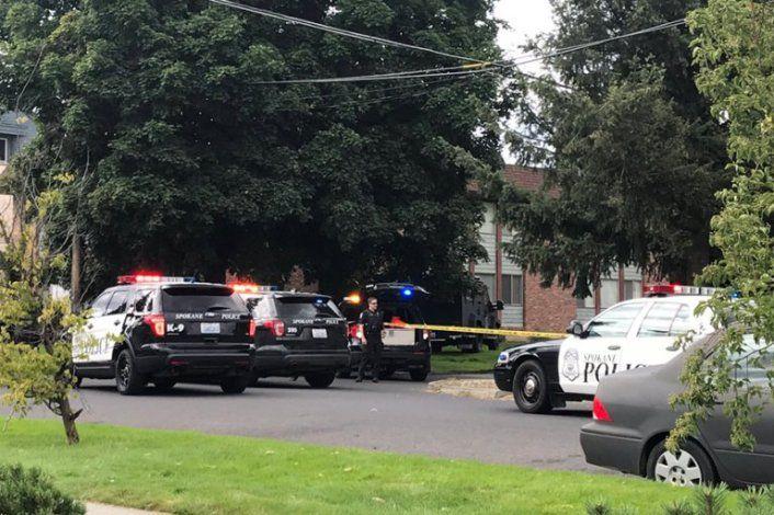 Un testigo llamó al 911 poco después de las 4:30 p.m. del 8 de agosto, para informar del hallazgo de una mujer inconsciente en un automóvil (Foto: @KyleSimchuk)
