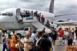 comienzan vuelos de rescate a cubanoamericanos varados en la habana