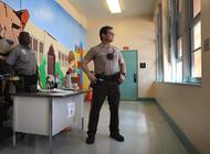 policia escolar de miami dade investiga varias amenazas a escuelas a traves de las redes sociales