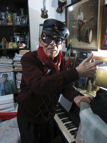 A sus 97, Tino Contreras continúa creando e innovando