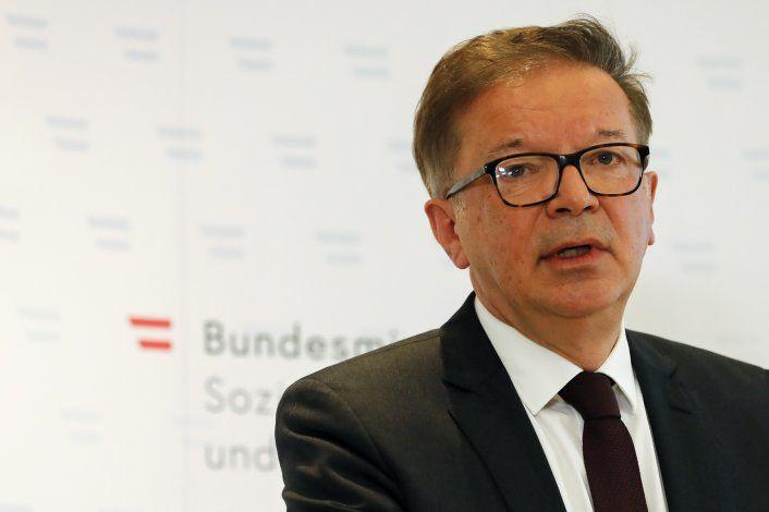 Austria: Renuncia ministro de Salud por exceso de trabajo