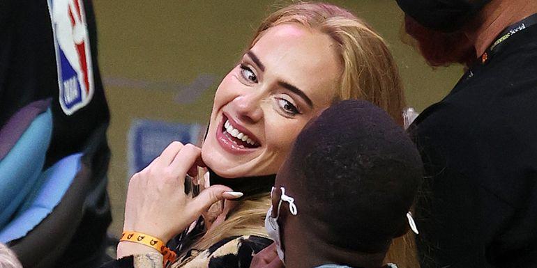 Adele confirmó su nuevo romance con una tierna foto