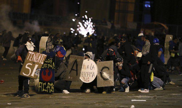 Colombia: renuncia canciller en medio de tensión por marchas