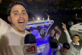 un grupo de jovenes cubanos de miami partieron en varias embarcaciones para protestar frente a las costas cubanas