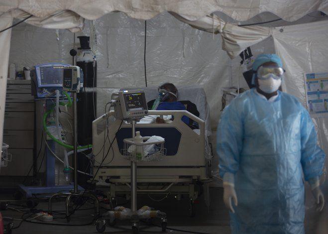 Prevén que vacuna contra COVID-19 llegue a África en marzo