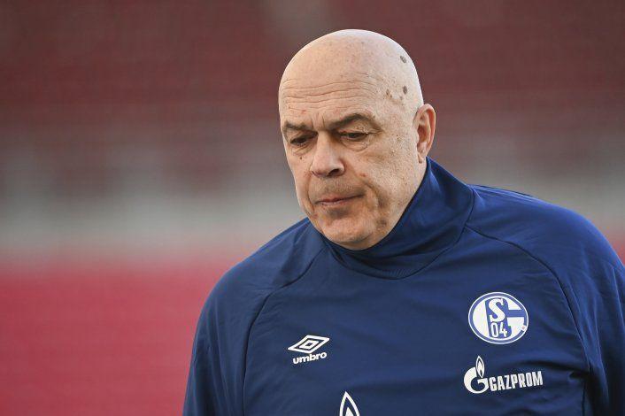 Al borde del descenso, Schalke despide al DT Gross