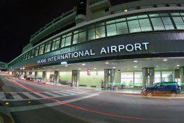 el aeropuerto internacional de miami dispondra de dos puntos de vacunacion contra el covid-19 en su interior