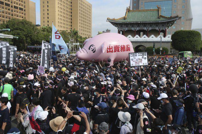 Marchan en Taiwán contra la carne de cerdo importada de EEUU