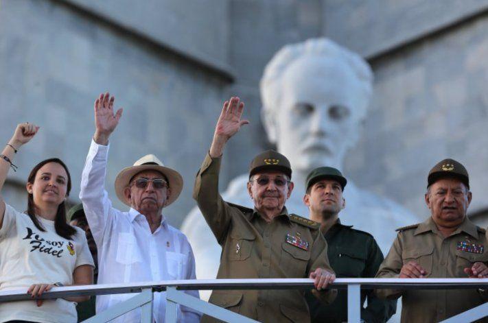 Castro, López-Calleja y otra decena de cubanos sancionados por la Administración Trump