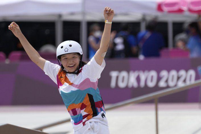 Las niñas arrasan en el skate: chicas de 13 años en la cima