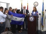 organizaciones nicaragüenses se reunen en mesa de trabajo con la congresista maria elvira salazar
