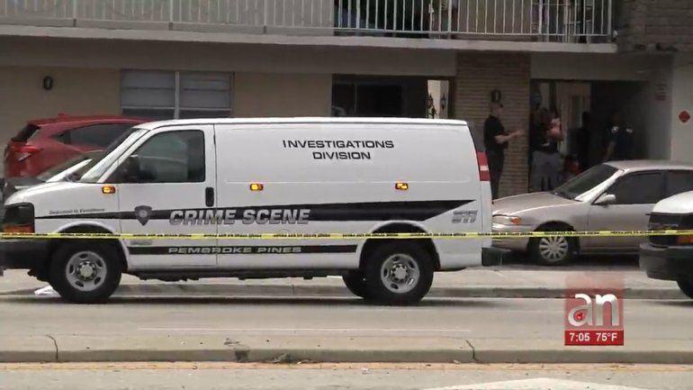 Encuentran hombre desnudo y herido de bala en Pembroke Pines