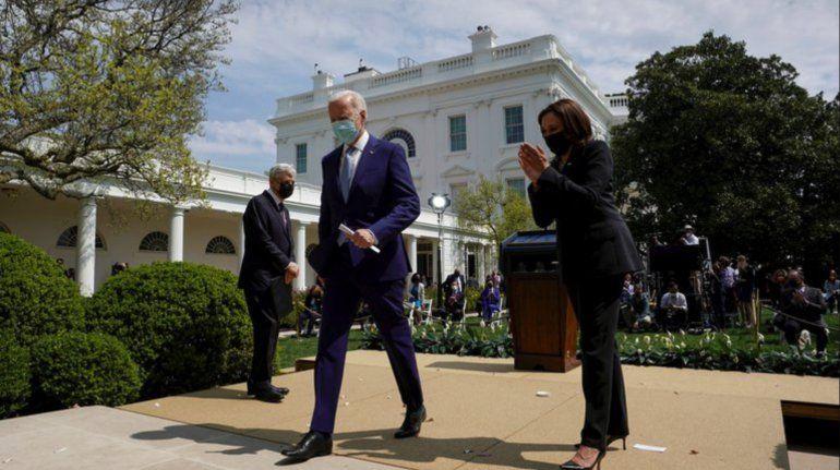 Biden afirma que la violencia armada es una vergüenza internacional y anuncia varias medidas para frenarla