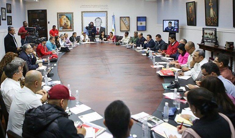 Maduro discutió en Consejo de Ministros la reforma y ejecución de un paquetazo de leyes