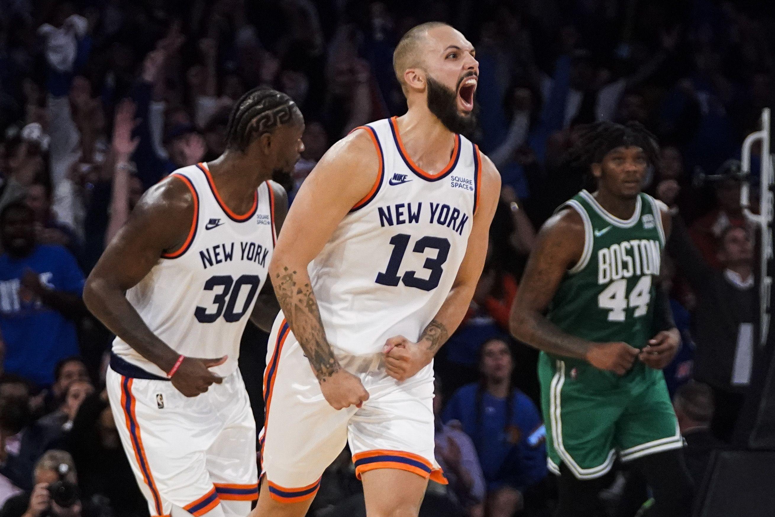 Knicks resisten 45 puntos de Brown y vencen a Celtics