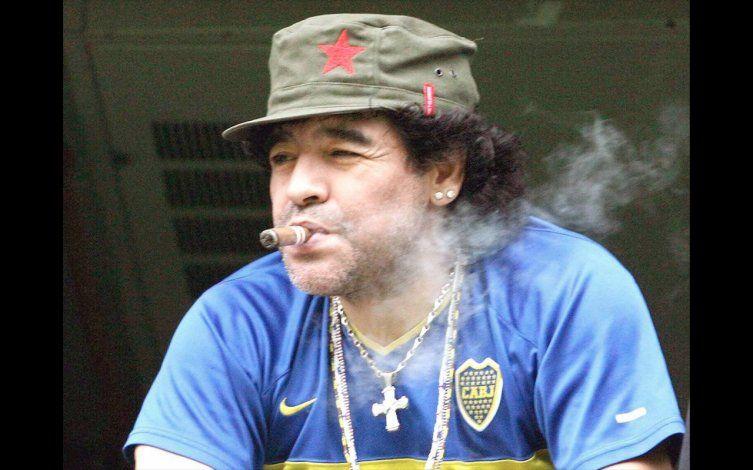 Maradona dice que respalda más que nunca a Nicolás Maduro como presidente