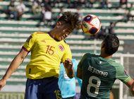bolivia vuelve a practicas y 2 jugadores dan postivo a covid