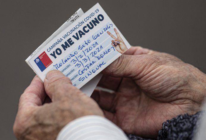 Chile vacuna a 23% de población y ofrece colaborar con LatAm