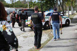 policia encuentra dos cadaveres dentro de una casa en kendall