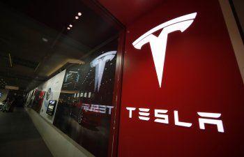 EEUU investiga fallas en suspensiones delanteras de Tesla