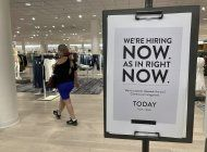 disminuyen pedidos de ayuda por desempleo en eeuu