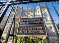senadores buscan renombrar calle frente a embajada de cuba en eeuu como oswaldo paya way