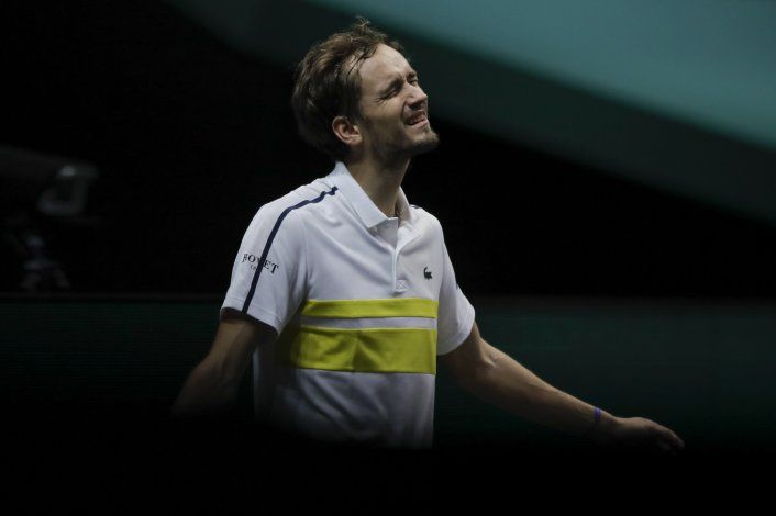 Medvedev y Zverev eliminados en 1ra ronda en Rotterdam