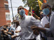 marchan en venezuela para exigir plan masivo de vacunacion