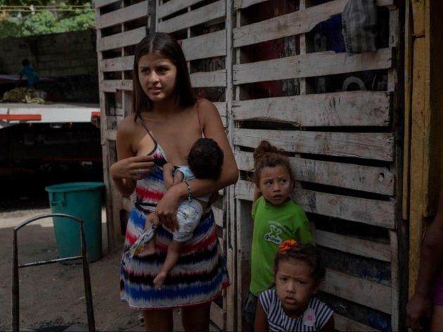 Venezuela desbanca a Haití como el país más pobre de América, según el FMI