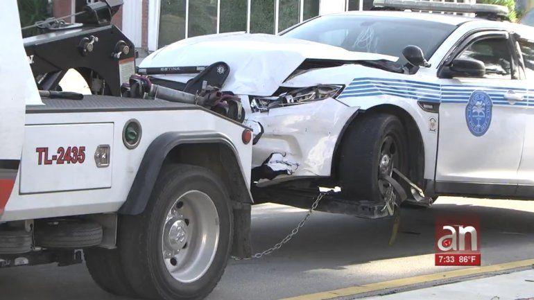 Aparatoso accidente en la Pequeña Habana involucra a una patrulla