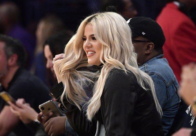Khloe Kardashian confirma en video que tuvo coronavirus