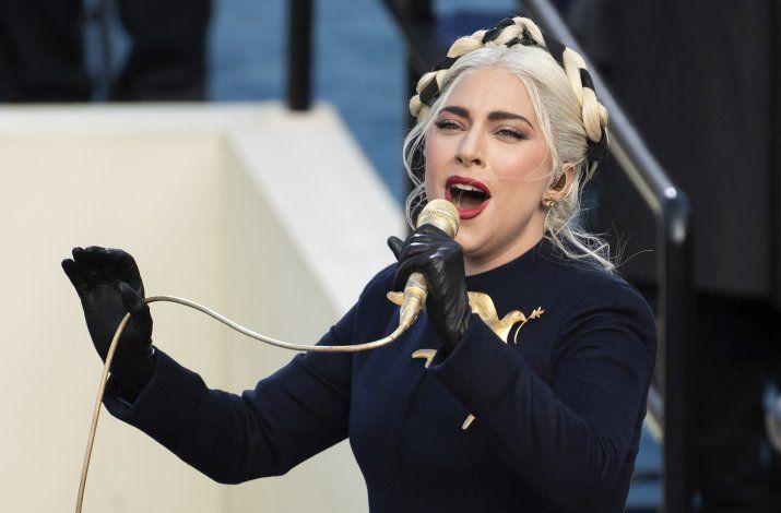 Sospechosos siguieron a cuidador de perros de Lady Gaga